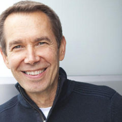 Jeff Koons over… Jeff Koons. Een innemend interview