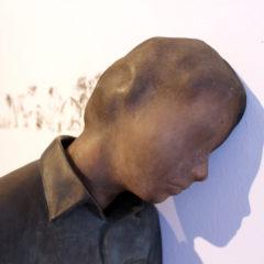 'Rethink duality', existentiële kunst van Sofie Muller en Evelyn Loschy in galerie Michaela Stock, Wenen