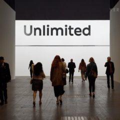 Een 24 minuten rondleiding van Art Basel Unlimited