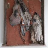 Berlinde De Bruyckere toont zich wellustig én fragiel in nieuwe tentoonstelling in Mechelen