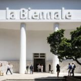 Een rondleiding in 58 internationale expo's op de Biënnale van Venetië