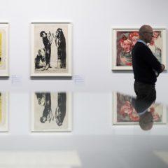 De drempels om een kunstgalerij te bezoeken, en hoe galerijen ze kunnen verlagen