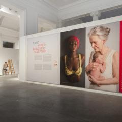 'Ceci n'est pas un corps', hyperrealistische beeldhouwkunst in La Boverie, Luik