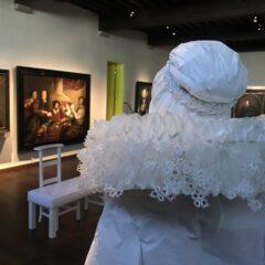 BLIND DATE met papierkunstenares Isabelle De Borchgrave in het Snijders&Rockoxhuis